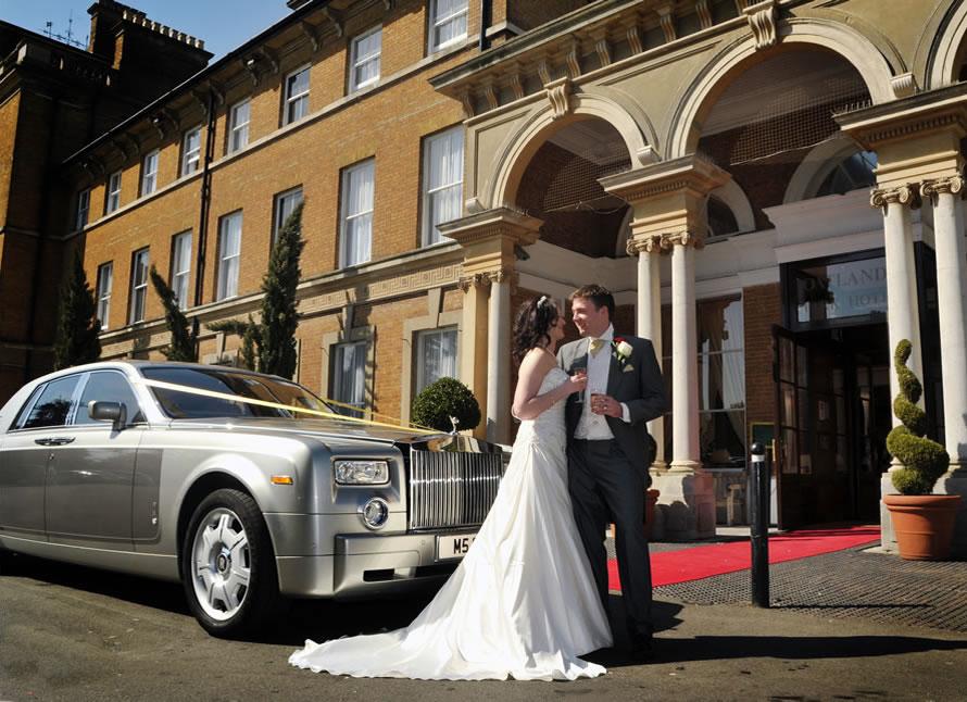 Oatlands-park-hotel-wedding-fair-wedding-car-bride-bridegroom
